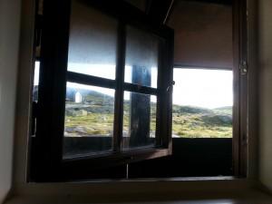 Utsikten fra dusjen på Sandhaug. Rene spa-hotellet.